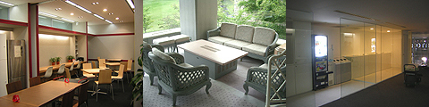 左から、造作カウンター、応接テーブル、造作カウンター