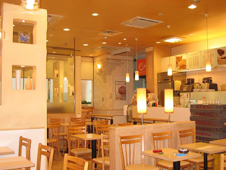 「カフェ・ド・クリエ 市ヶ谷駅前店」のメインイメージ